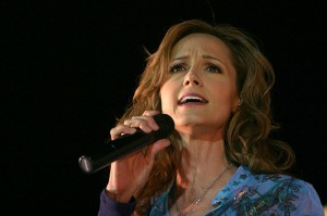 Singing Lessons for Beginners - Country Singer Chely Wright